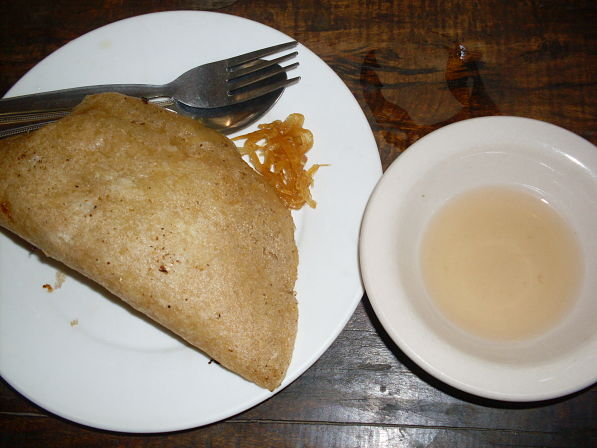 a-little-taste-of-ilocos-empanada-coffeehan