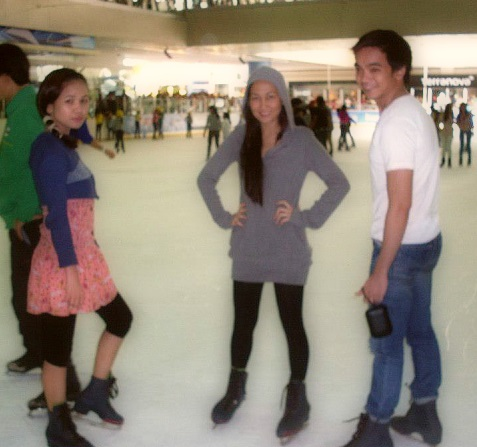 breaking-ice-the-ice-skating-adventure (5)