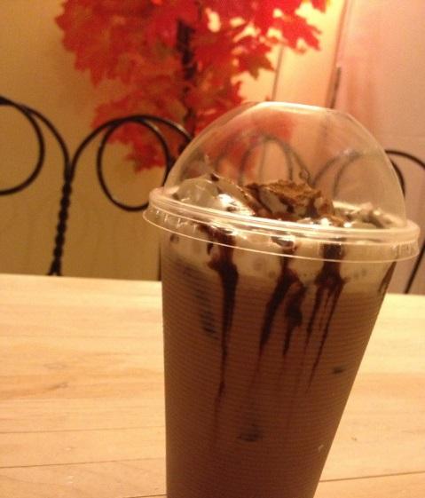 8065-coffee-iced-mocha-coffeehan