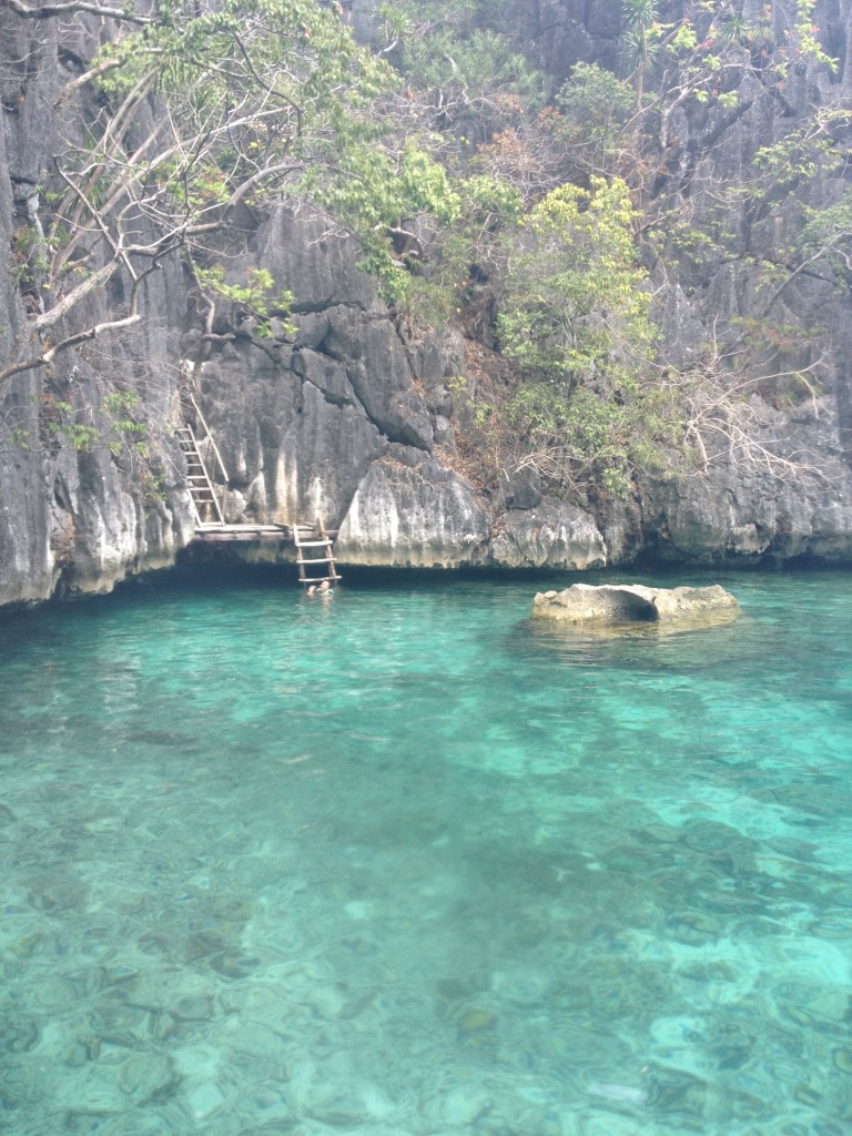 travel-guide-to-coron-palawan-twin-lagoon (2)
