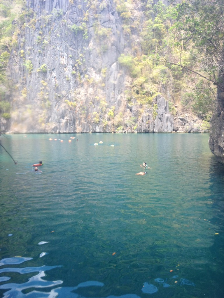 travel-guide-to-coron-palawan-twin-lagoon (4)