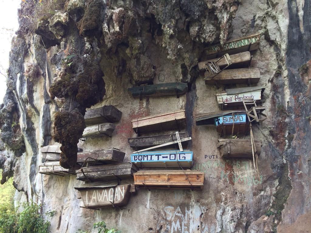 the-caves-in-sagada-mountain-province-sugong-coffeehan