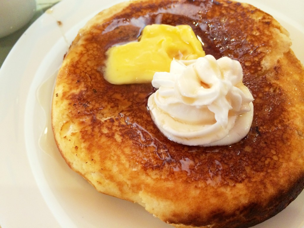 goldfish-cafe-bontoc-pancake-coffeehan