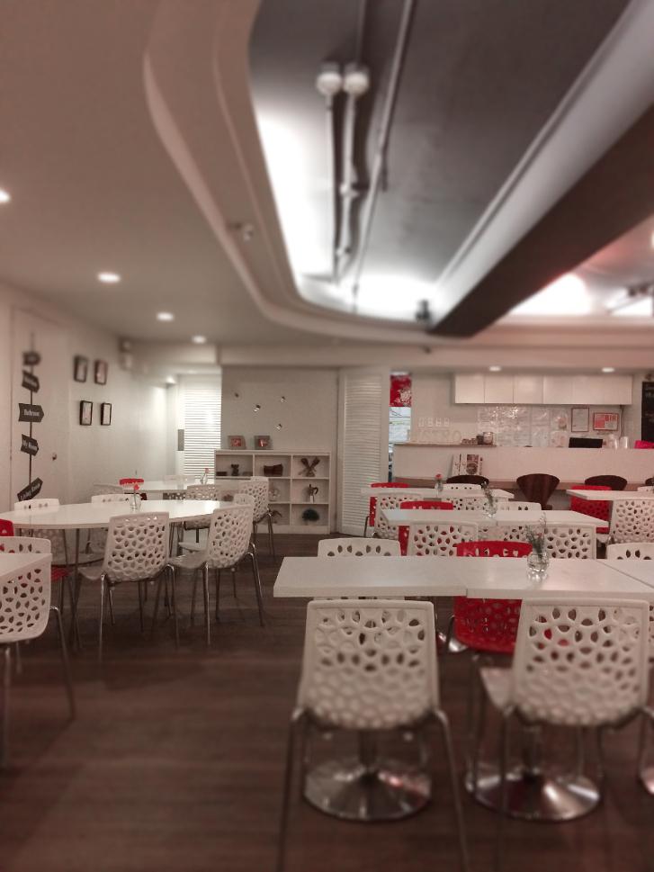 bo-tan-bubble-tea-and-cafe-interiors-coffeehan (7)