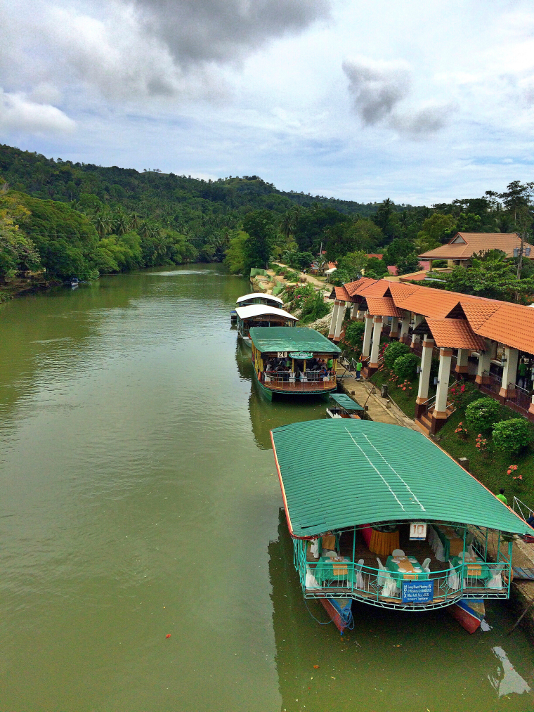 quick-guide-to-bohol-floating-resto-coffeehan (15)