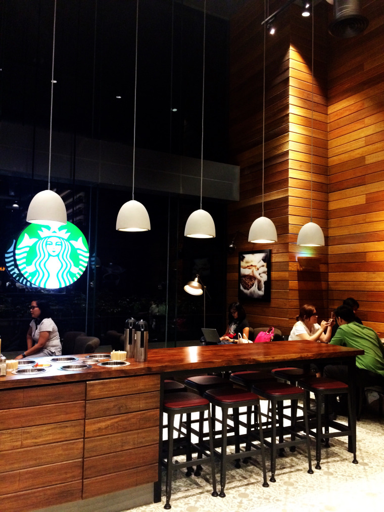 starbucks-reserve-makati-interiors-coffeehan (2)