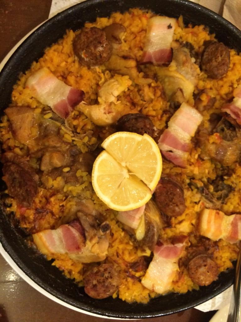 alqueria-paella-del-carne