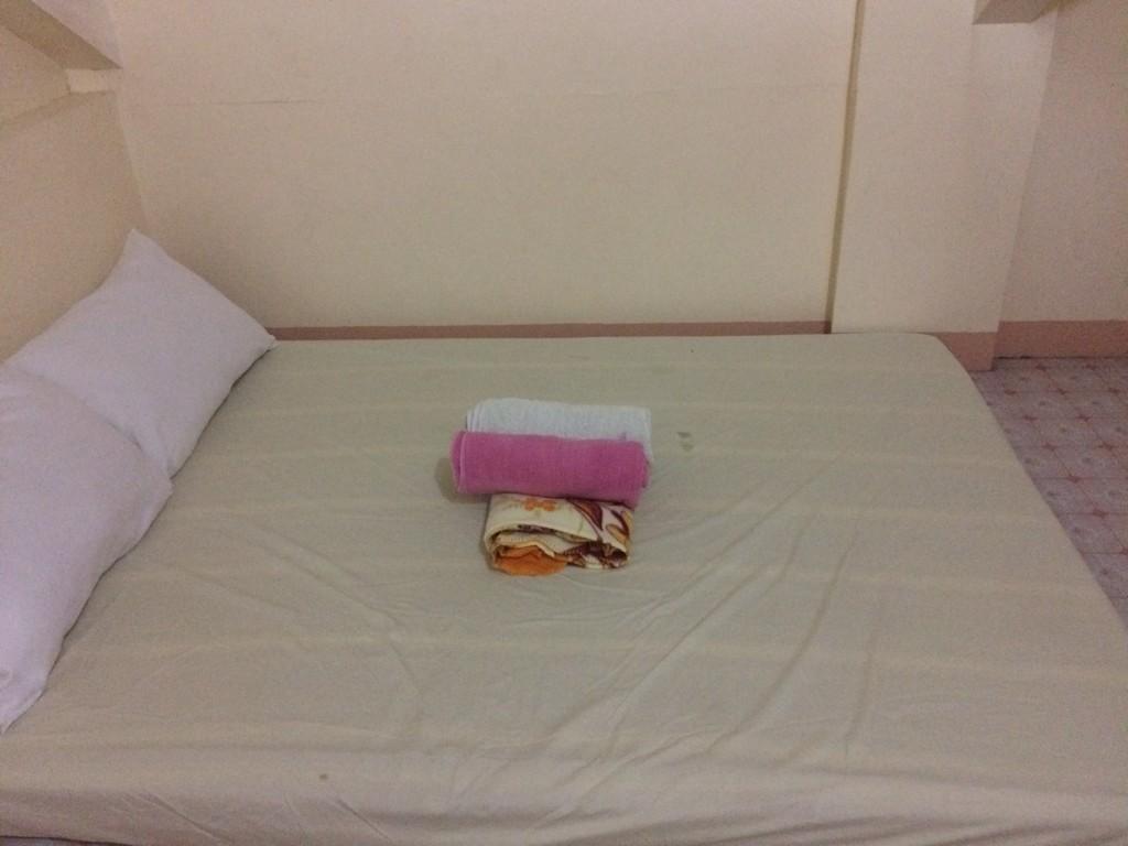 cheap-accommodation-in-boracay-through-air-bnb-coffeehan (3)