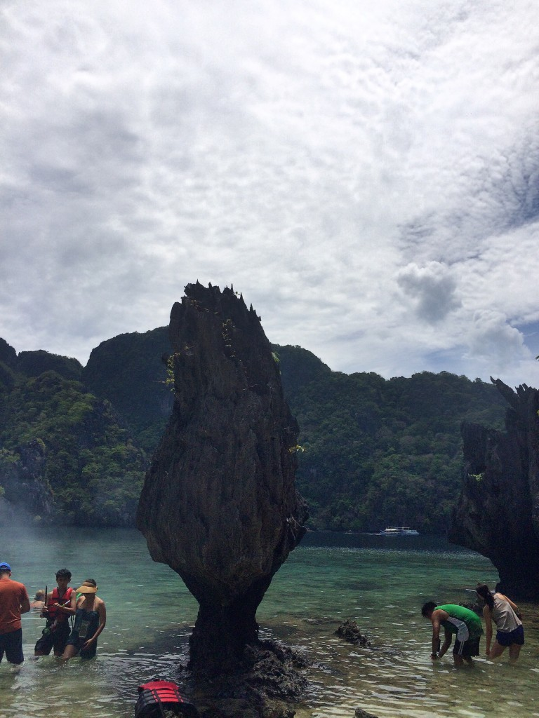 what-to-expect-on-tour-a-in-el-nido-palawan-payong-payong (2)