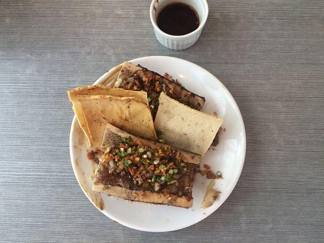 lola-cafe-bone-marrow-sisig-coffeehan