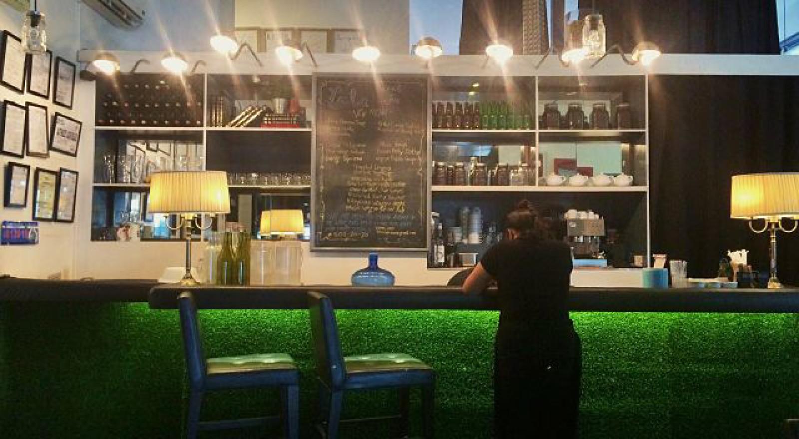 lola-cafe-interiors-coffeehan (2)