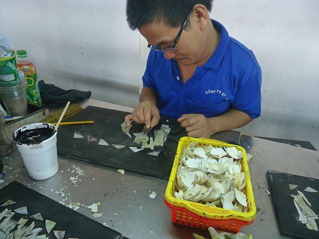 ho-chi-minh-vietnam-handicapped-handicrafts-coffeehan (3)