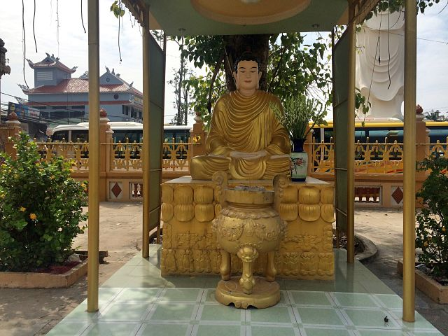 vinh-trang-temple-coffeehan (2)