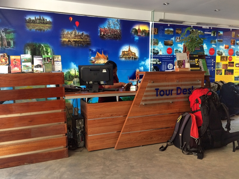 cambodia-luxury-concept-hostel-tour-agency-coffeehan