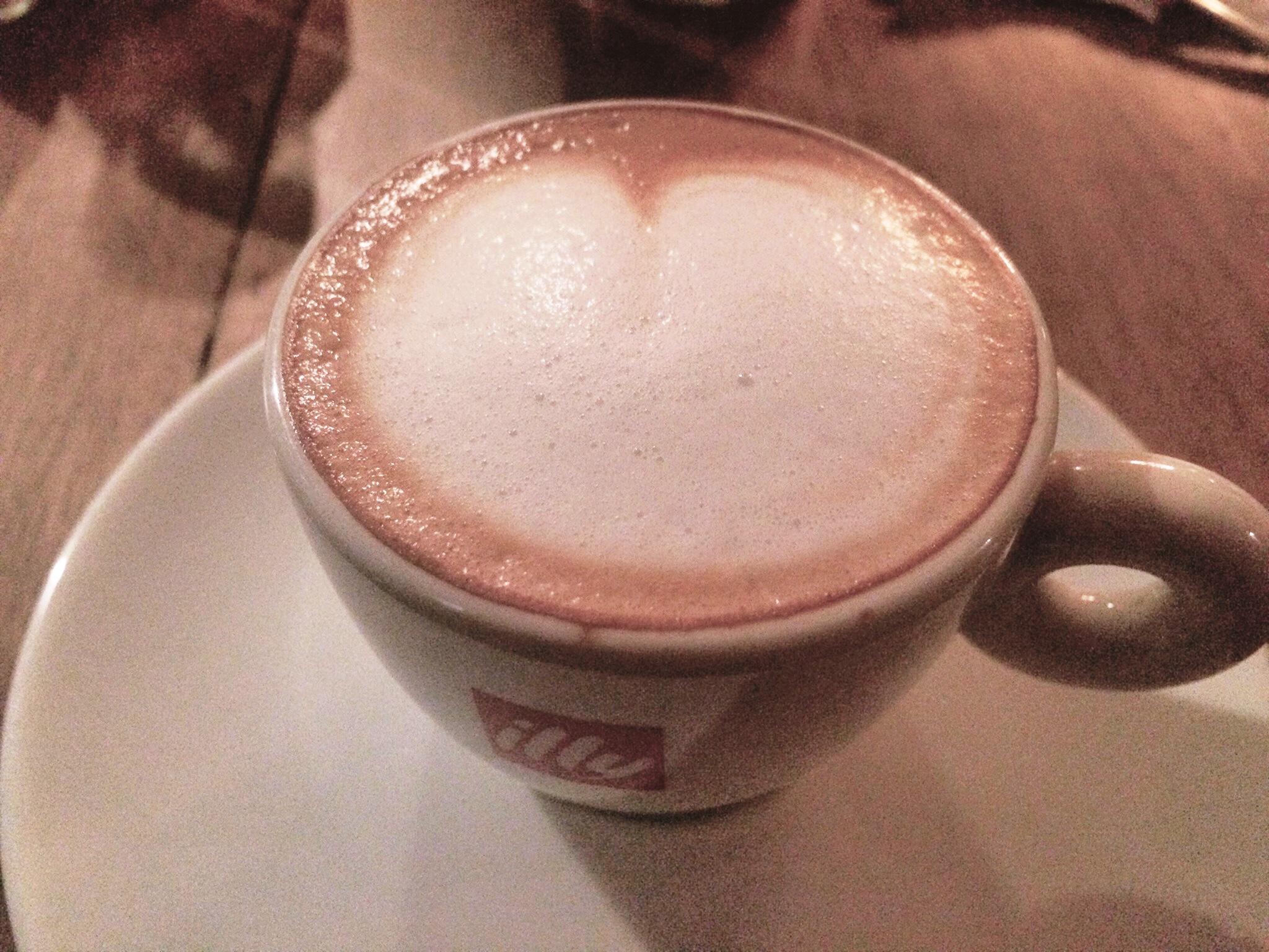 cafe-central-coffee-pub-street-coffeehan