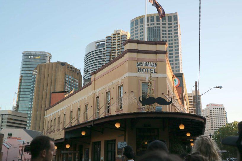 the-rocks-australian-hotel
