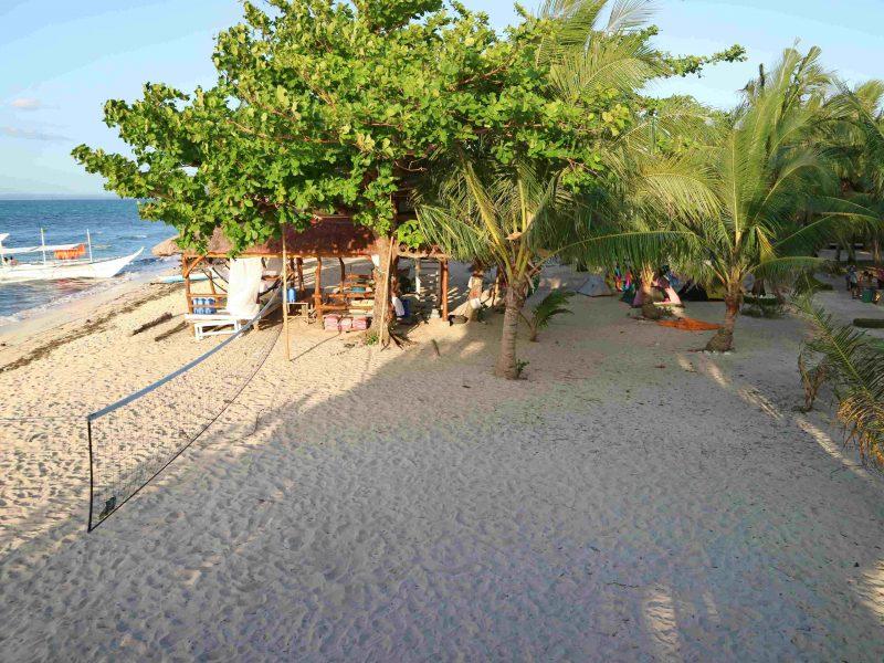 maniuaya-pielago-beach-resort-coffeehan (1)