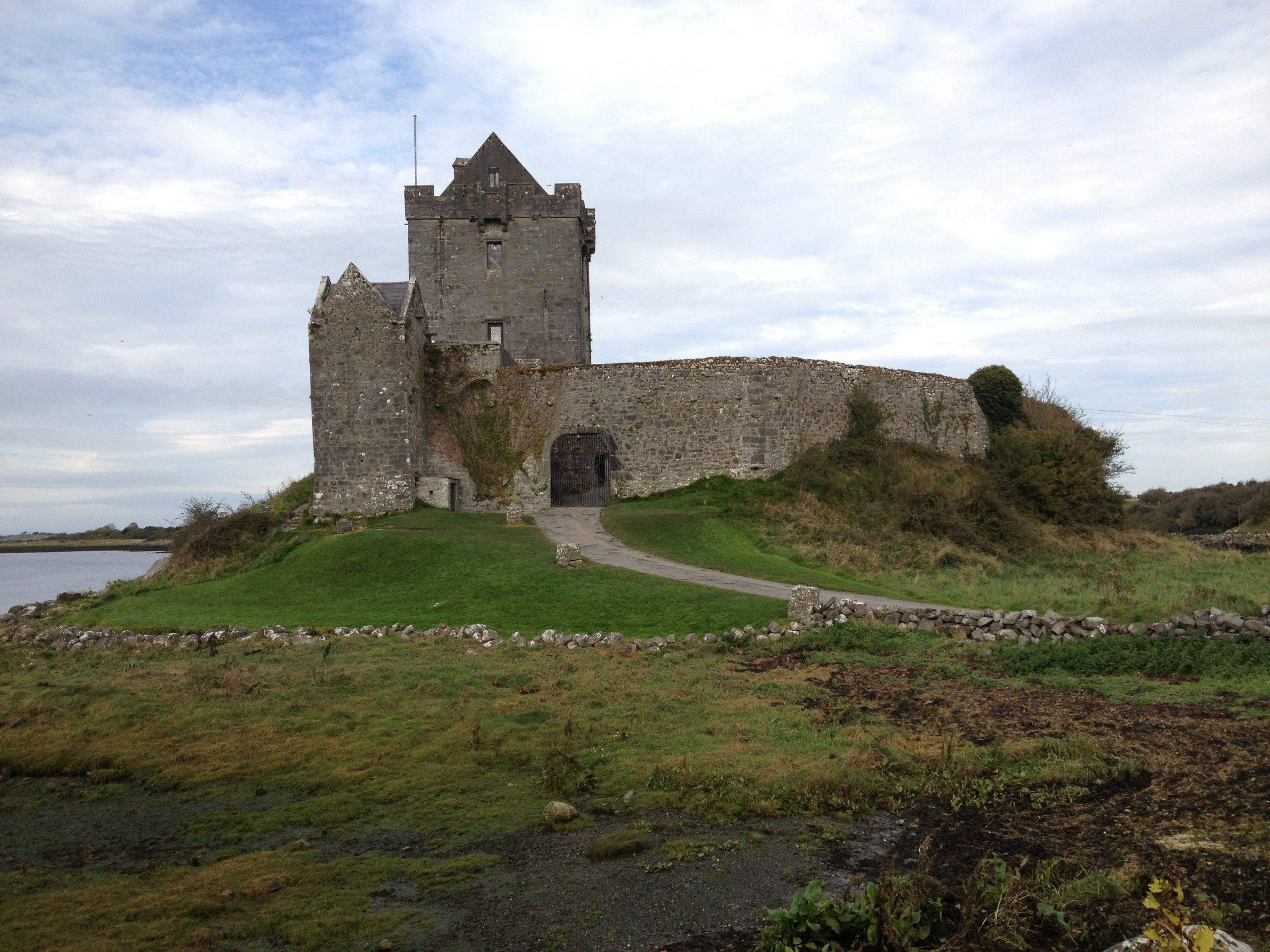 brad-kelly-ireland