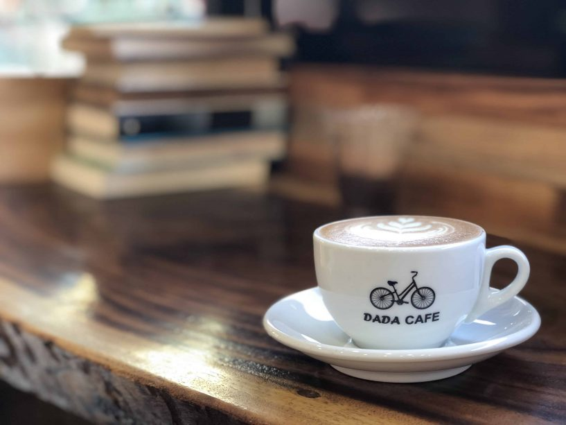 dada cafe vientiane