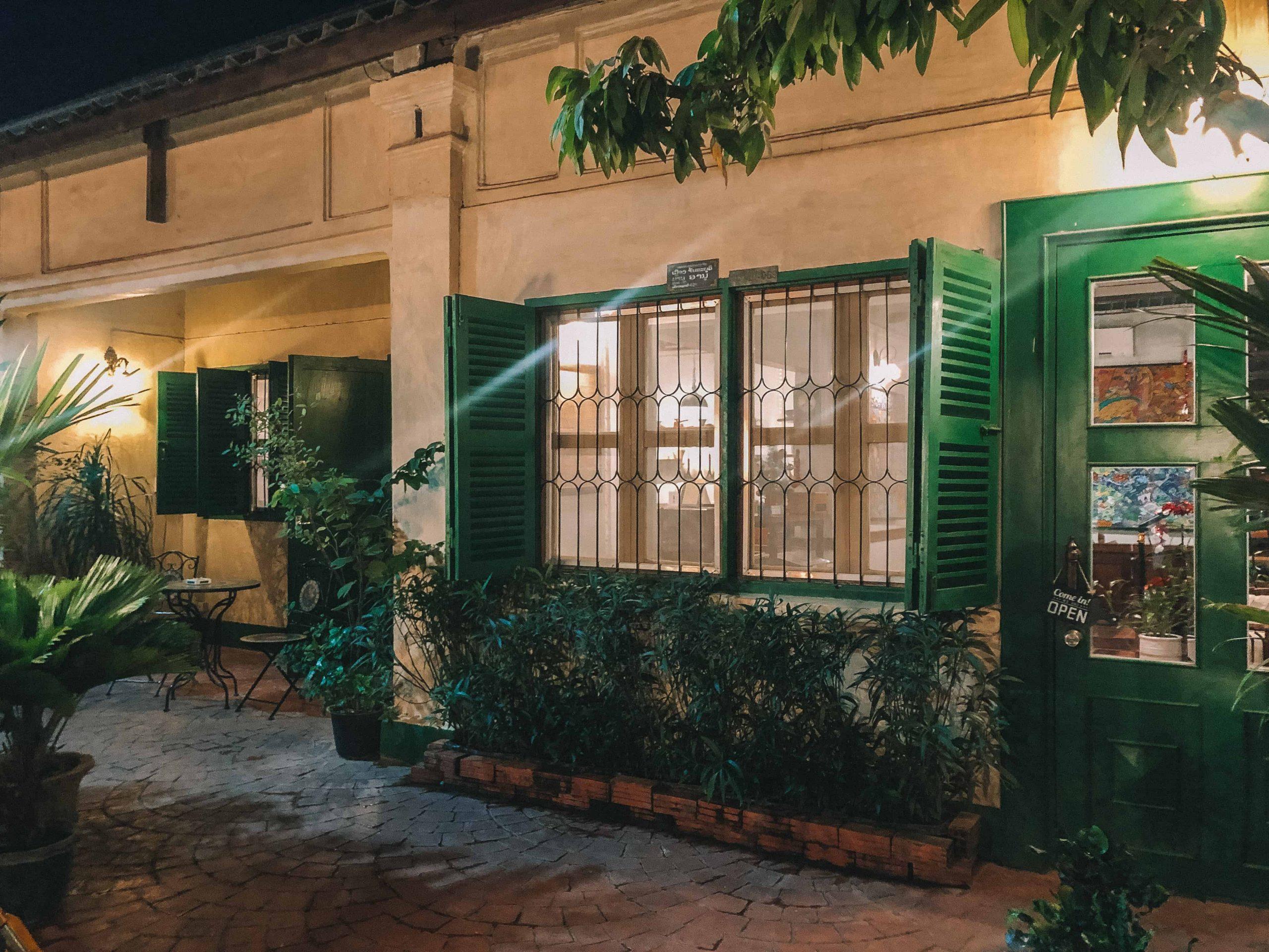 drip 1920s cafe vientiane (6)